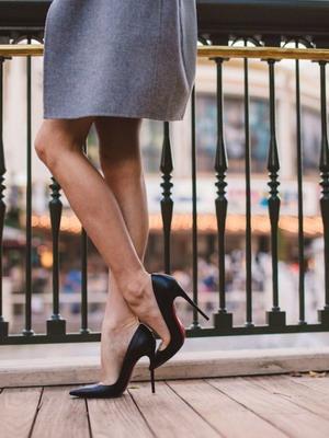 Безопасно ли носить туфли на шпильке